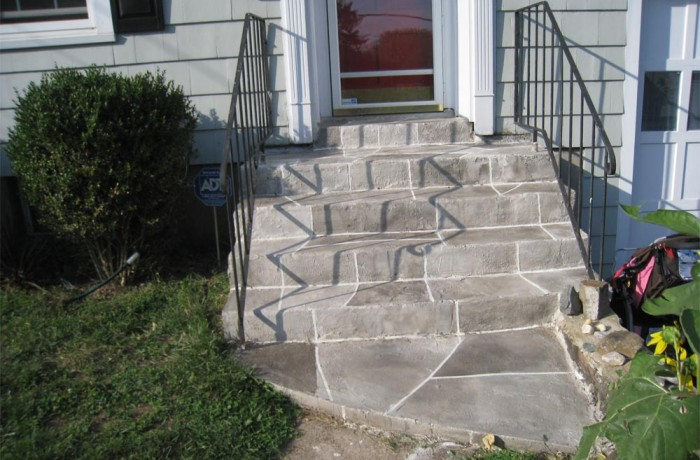 Concrete Front Steps in Hamden, CT (06514)